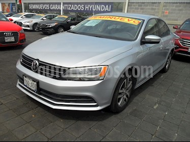 Foto venta Auto usado Volkswagen Jetta Trendline (2016) color Plata Reflex precio $210,000