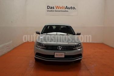 Foto venta Auto usado Volkswagen Jetta Trendline (2018) color Plata Lunar precio $243,643