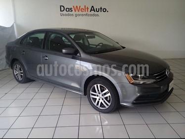 Foto venta Auto usado Volkswagen Jetta Trendline (2018) color Gris Platino precio $239,900