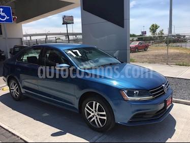 Foto venta Auto usado Volkswagen Jetta Trendline (2017) color Azul precio $255,000