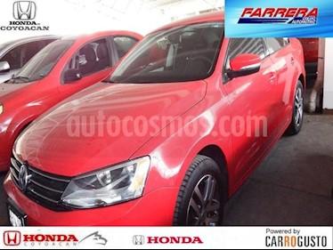 Foto venta Auto Seminuevo Volkswagen Jetta Trendline (2016) color Rojo Tornado precio $214,000