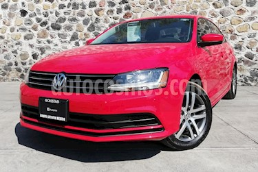 Foto venta Auto usado Volkswagen Jetta Trendline (2018) color Rojo precio $250,000