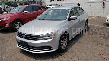 Foto venta Auto usado Volkswagen Jetta Trendline (2016) color Plata precio $225,000