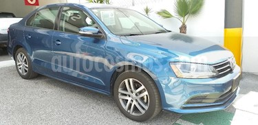 Foto venta Auto usado Volkswagen Jetta Trendline (2018) color Azul precio $258,000