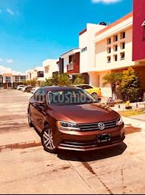 Volkswagen Jetta Trendline usado (2016) color Bronce precio $235,000