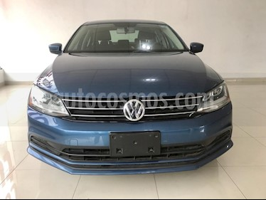 Volkswagen Jetta Trendline usado (2018) color Azul precio $220,000
