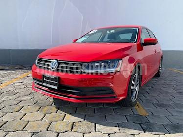 Foto venta Auto usado Volkswagen Jetta Trendline (2018) color Rojo Tornado precio $245,000