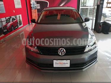 Foto Volkswagen Jetta Trendline usado (2018) color Gris precio $221,000