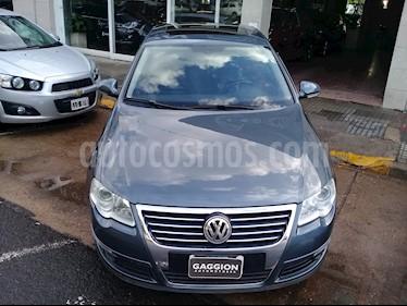 Foto venta Auto usado Volkswagen Passat 2.0 FSi Luxury (2009) color Gris United