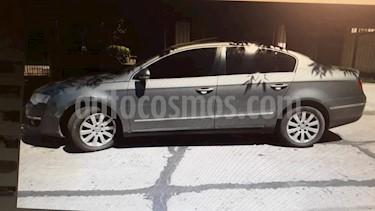 Foto venta Auto usado Volkswagen Passat 2.0 TDi Advance (2006) color Gris precio $220.000