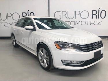 Foto venta Auto usado Volkswagen Passat 2.8L V6 (2012) color Blanco precio $169,000