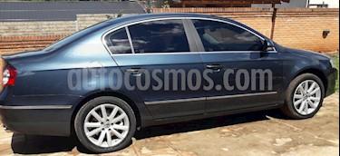 Foto Volkswagen Passat 3.2 FSi Highline DSG 4Motion usado (2008) color Azul Sombra precio $388.000