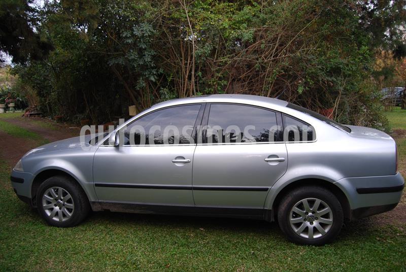 Volkswagen Passat 1.9 TDi Trendline Tiptronic usado (2004) color Gris precio $300.000