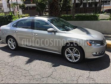 Foto venta Auto usado Volkswagen Passat DSG V6  (2014) color Gris Tungsteno precio $225,000