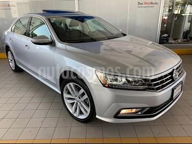 Foto Volkswagen Passat DSG V6 usado (2018) color Plata precio $459,900