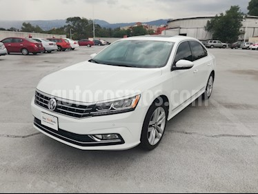 Foto venta Auto usado Volkswagen Passat DSG V6 (2017) color Blanco Candy precio $370,000