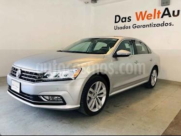 Foto venta Auto usado Volkswagen Passat GLX VR6 Aut (2018) color Plata precio $458,000