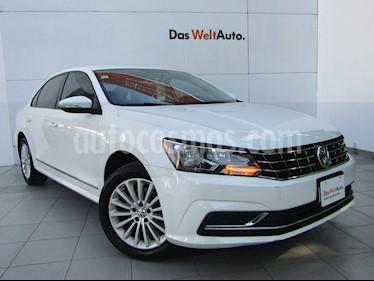 Volkswagen Passat Tiptronic Comfortline usado (2016) color Blanco Candy precio $199,000