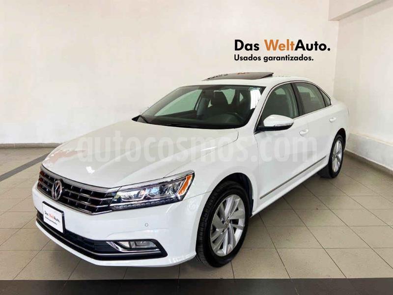 Volkswagen Passat Tiptronic Highline usado (2018) color Blanco precio $305,135