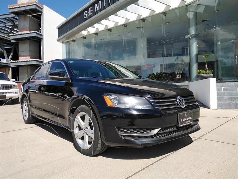 Foto Volkswagen Passat 4P HIGHLINE L5 2.5 AUT usado (2014) color Negro precio $180,000