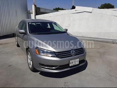 Volkswagen Passat 4P SPORTLINE 2.5L TIPTRONIC 6 CD PANTALLA PIEL RA usado (2013) color Gris precio $145,000