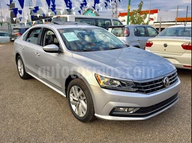 Volkswagen Passat Tiptronic Comfortline usado (2018) color Plata precio $395,000
