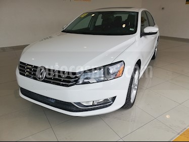 Foto Volkswagen Passat 3.6L V6 FSI usado (2014) color Blanco precio $240,000