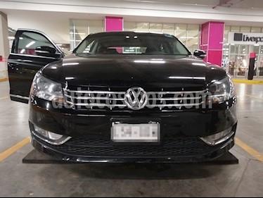 Volkswagen Passat DSG V6 usado (2015) color Negro precio $220,000