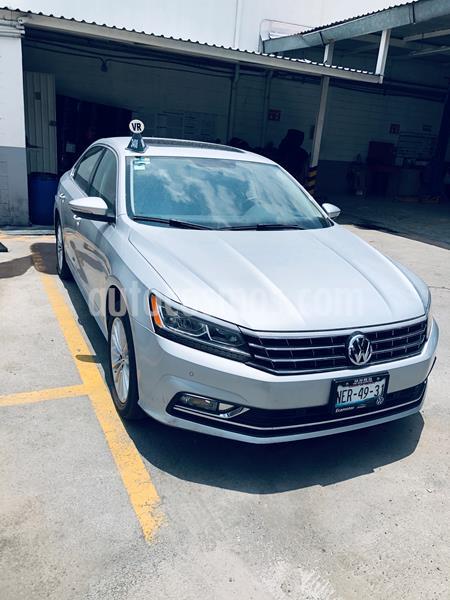 Volkswagen Passat Tiptronic Highline usado (2017) color Plata precio $239,000