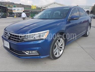 Volkswagen Passat 3.6L V6 FSI usado (2016) color Azul precio $289,000