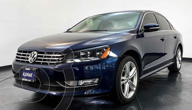 Volkswagen Passat Version usado (2015) color Azul precio $224,999