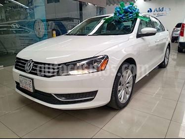 Volkswagen Passat 4p Sedan Comfortline Tiptronic usado (2013) color Blanco precio $139,000