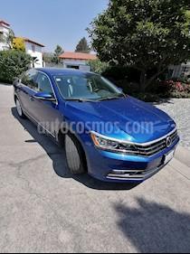 Volkswagen Passat 2.0 Lujo usado (2016) color Azul Metalizado precio $330,000