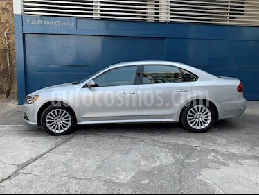 Volkswagen Passat Tiptronic Comfortline usado (2017) color Plata Reflex precio $230,000