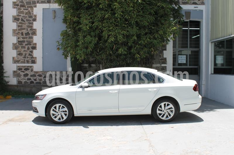 Volkswagen Passat Tiptronic Sportline usado (2019) color Blanco precio $342,000