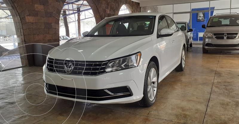 Foto Volkswagen Passat Tiptronic Comfortline usado (2018) color Blanco precio $219,900