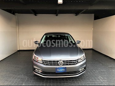 foto Volkswagen Passat DSG V6 usado (2018) color Gris precio $402,000