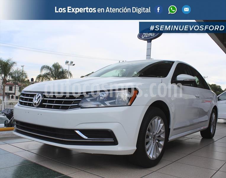 Volkswagen Passat COMFORTLINE usado (2017) color Blanco precio $269,000