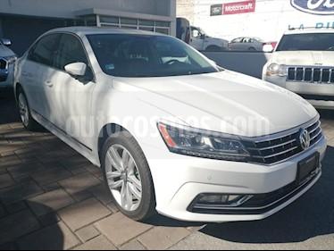 Volkswagen Passat 4P CONFORTLINE L5/2.5 AUT usado (2016) color Blanco precio $260,000