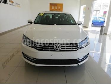Foto Volkswagen Passat 3.6L V6 FSI usado (2014) color Blanco precio $205,000