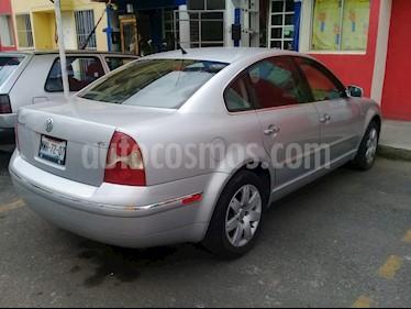 Volkswagen Passat 2.8L V6 usado (2002) color Gris Plata  precio $49,000