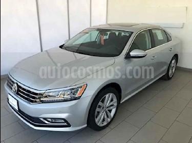 Volkswagen Passat 4p VR6 V6/3.6 Aut Cam/tr usado (2018) color Plata precio $382,000