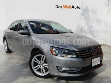 Volkswagen Passat DSG V6 usado (2012) color Gris Tungsteno precio $158,000