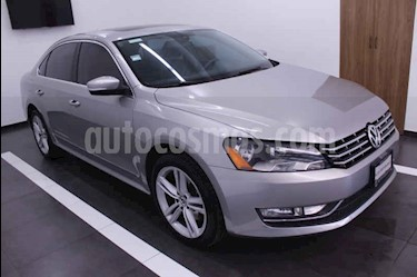 Volkswagen Passat Tiptronic Sportline usado (2013) color Dorado precio $189,000