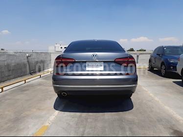 Volkswagen Passat Tiptronic Highline usado (2018) color Gris precio $410,000