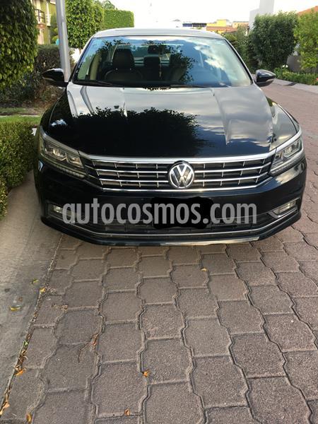 Volkswagen Passat Tiptronic Highline usado (2016) color Negro precio $200,000