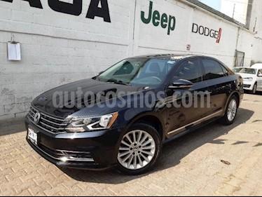 Volkswagen Passat 4P COMFORTLINE L5/2.5 AUT usado (2017) color Negro precio $280,000