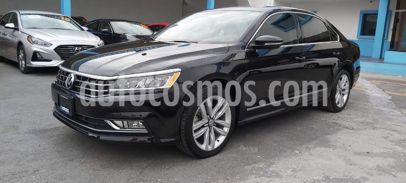 Volkswagen Passat DSG V6 usado (2017) color Negro precio $297,000