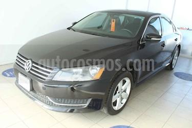 Volkswagen Passat 4p Sportline L5/2.5 Aut usado (2014) color Negro precio $180,000