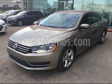 Volkswagen Passat 4p Sportline L5/2.5 Aut usado (2015) color Dorado precio $210,000